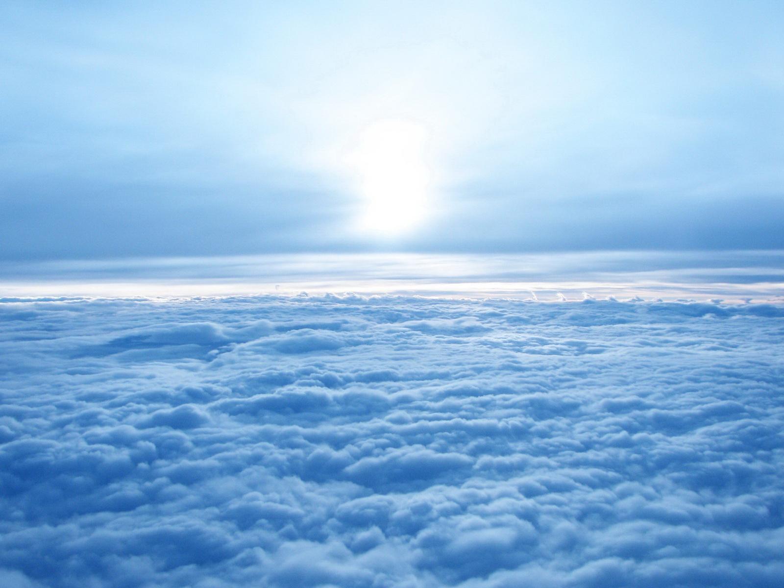 5319-au-dessus-des-nuages-viaa